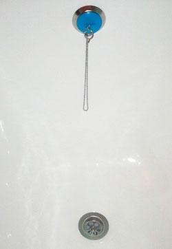 установка сифона на акрилову ванну